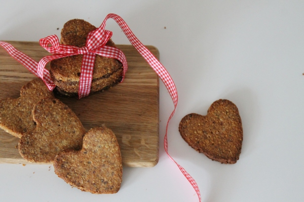 Date & Cocunut biscuits@ healthy foodiebaby