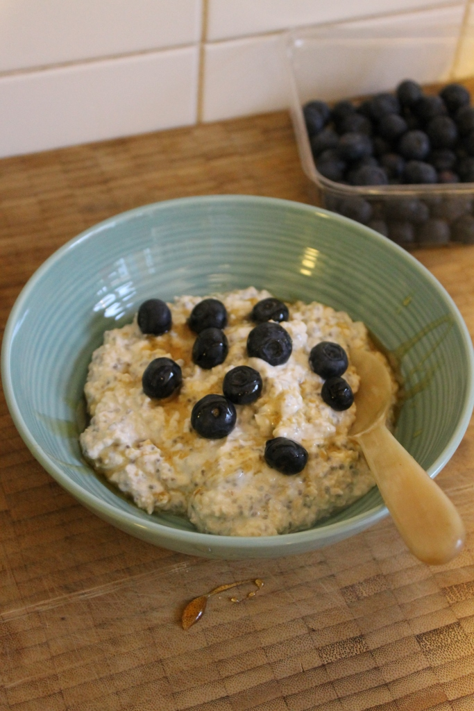 Almond, Honey & Blueberry Overnight Oats @ Healthyfoodiebaby 2