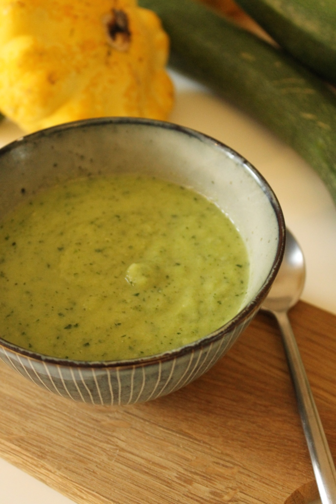 Courgette & Coconut soup @ healthyfoodiebaby