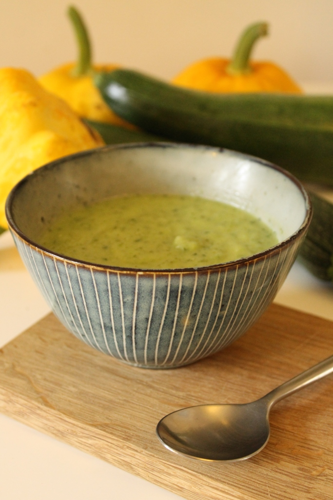 Courgette & coconut  soup @ healthyfoodiebaby2