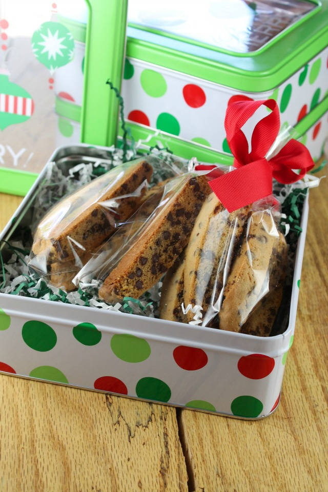 chocolate-chip-biscotti-miss-in-the-kitchen