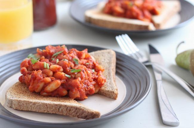 Homemade-vegetarian-baked-beans-61